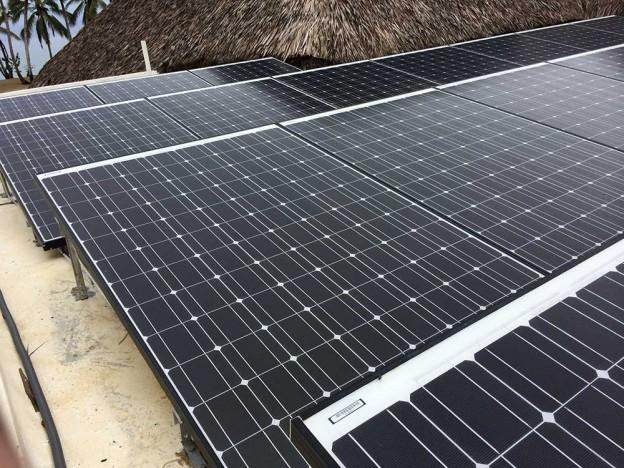 100%-Off-Grid-Solar-Panels-624x468.jpg